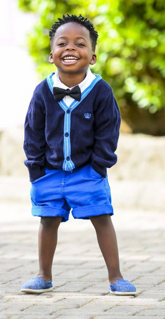 1-on-1 leasson - young boy in blue school uniform